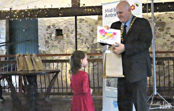 Castle View Academy receives an art award