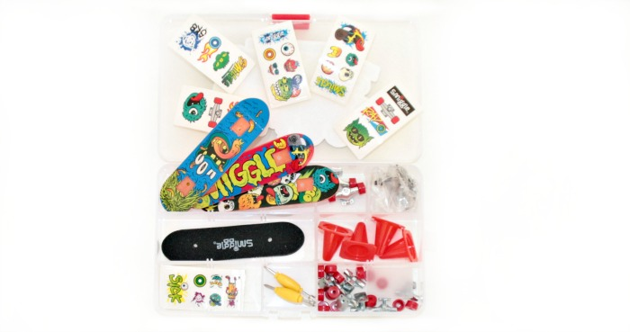 contents of the diy skateboards kit