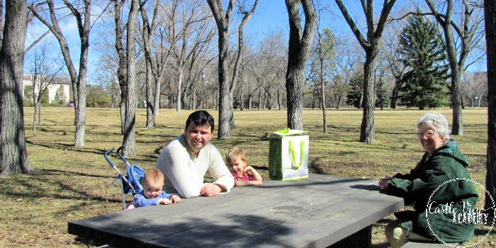 Things to do for free in Regina, picnic in Wascana Park, Family days out in Regina, Castle View Academy field trip