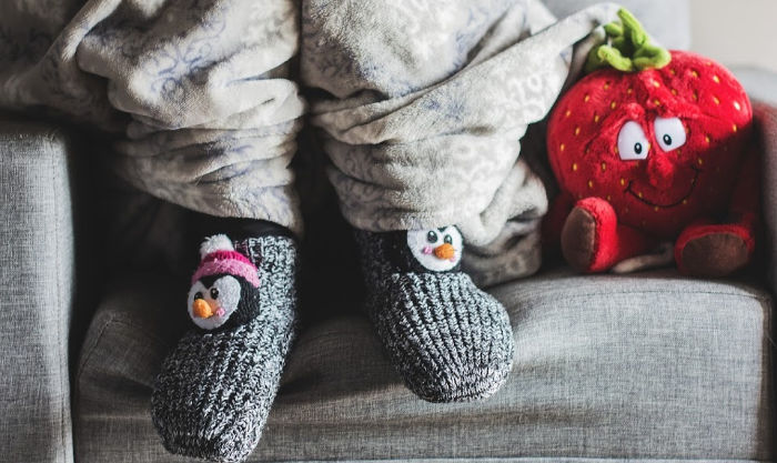 keeping warm without heat while homeschooling