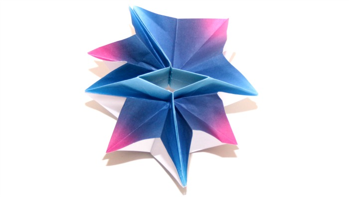 Hypergiant Star origami by Castle View Academy.com