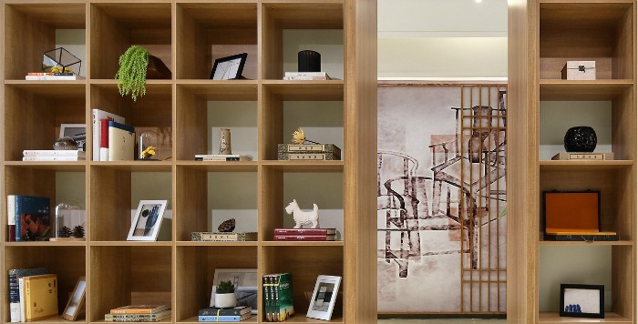 organising bookshelves during spring cleaning with Castle View Academy homeschool