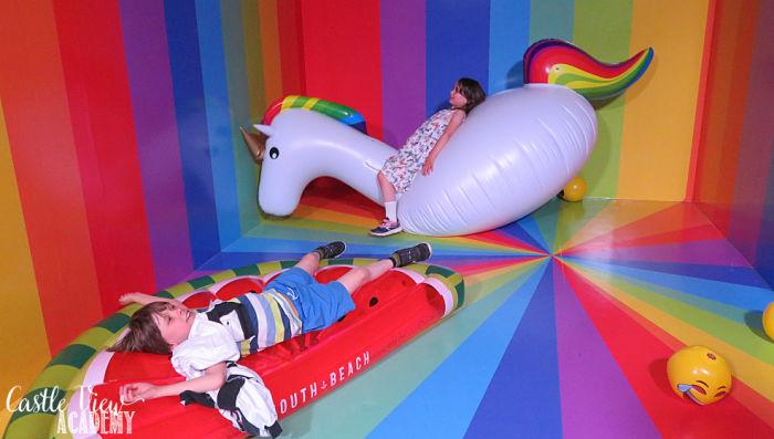 JoyLab Inflatable Rainbow Fun