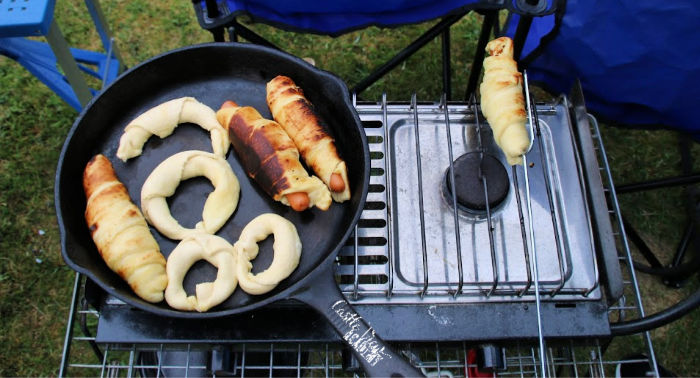 Campfire crescent rolls and hot dogs with Castle View Academy